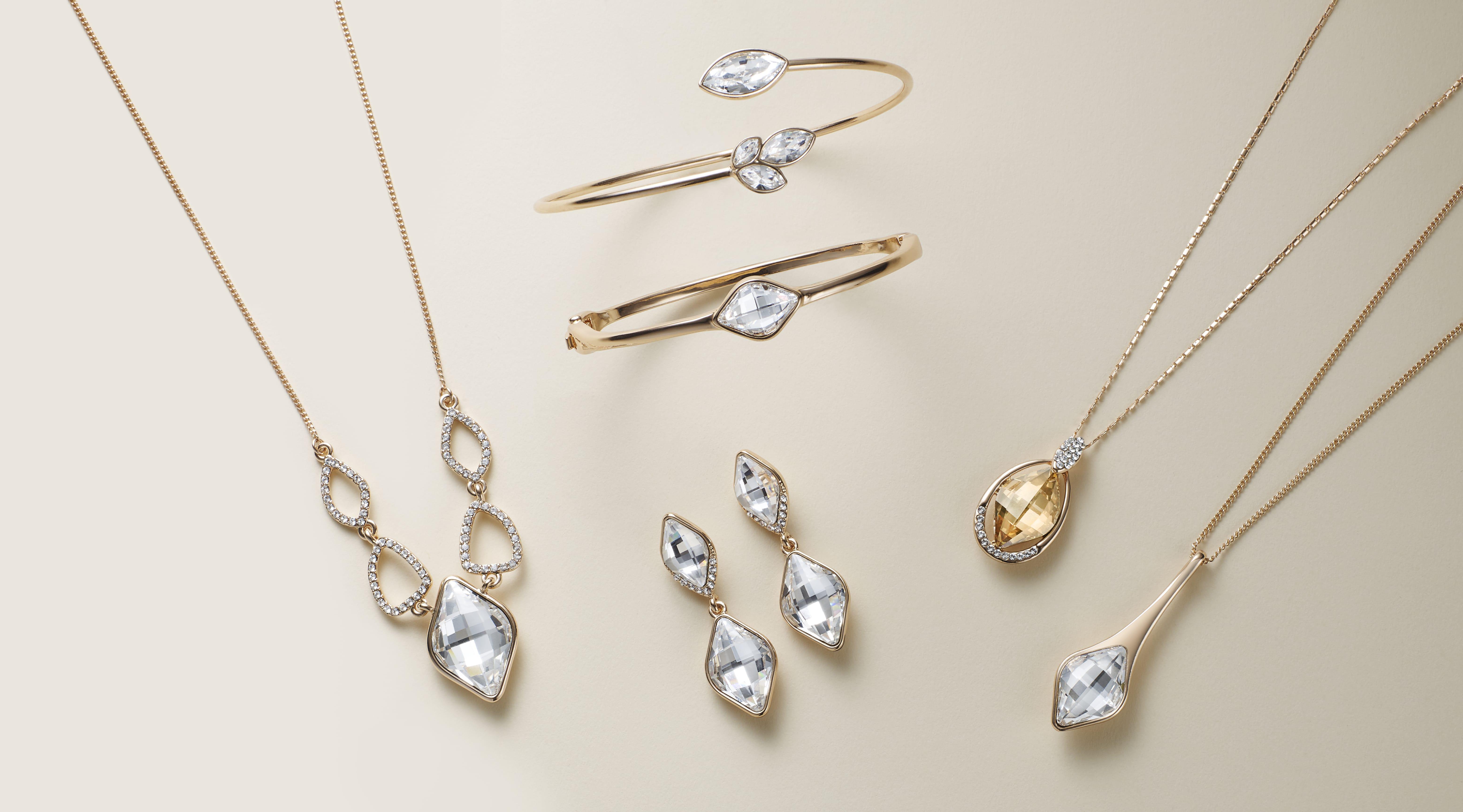 5429615c6800 Swarovski crystal jewellery necklace bracelet and earrings