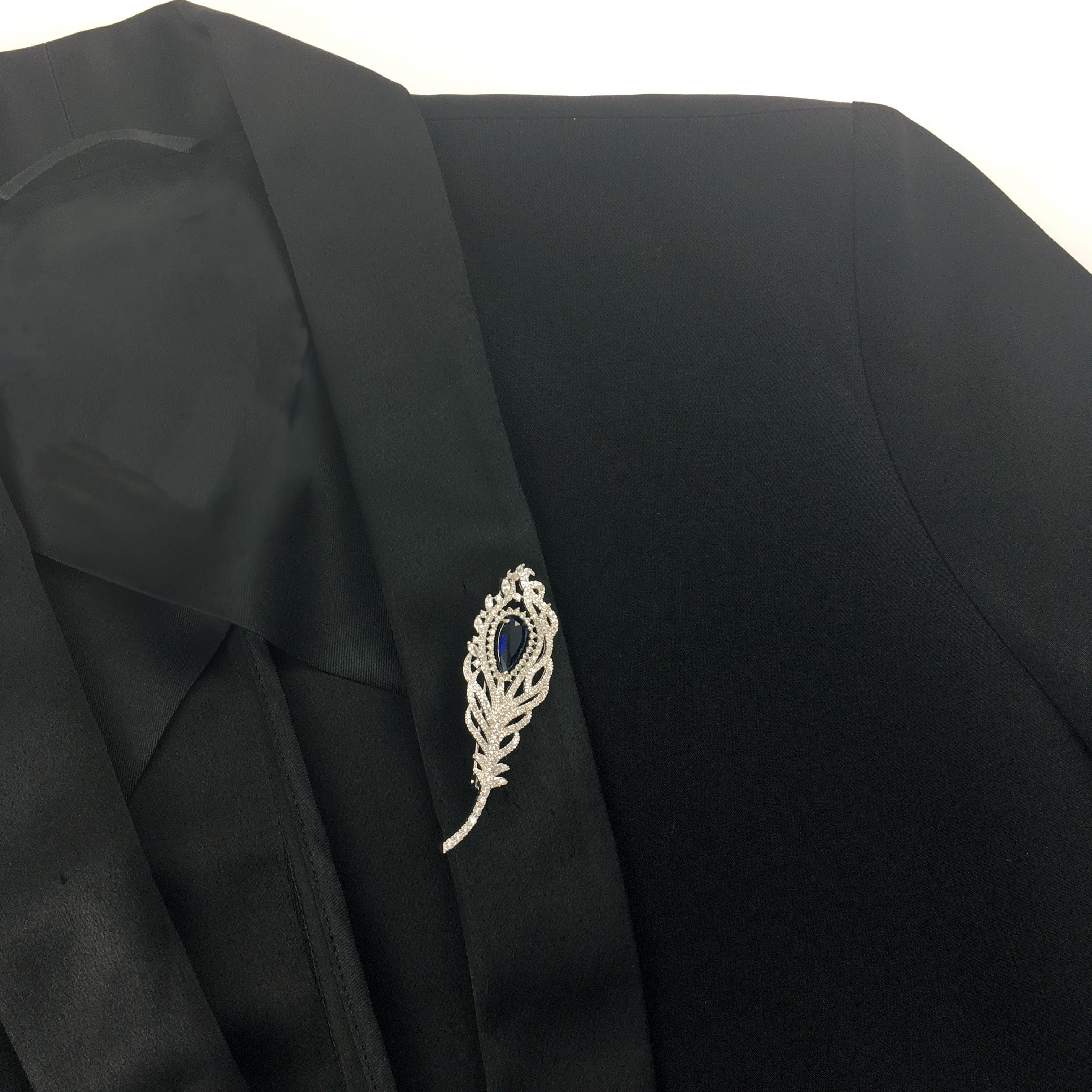 Ways To Wear A Brooch - Jon Richard
