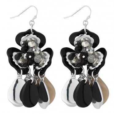 Black beaded flower earring