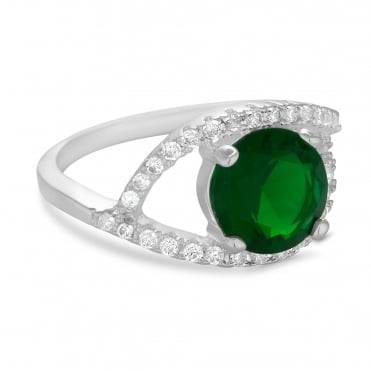 Green pave surround ring